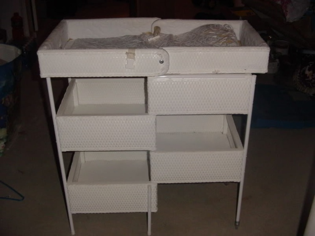 Picture of: Folding Changing Table