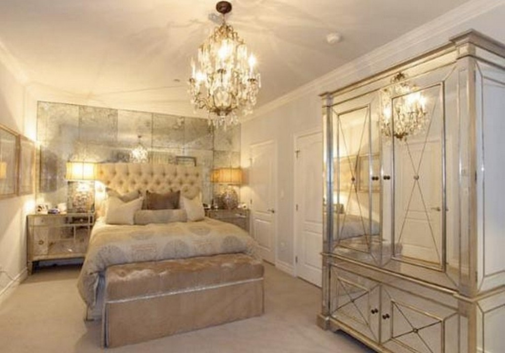 Picture of: Gold Mirrored Bedroom Furniture