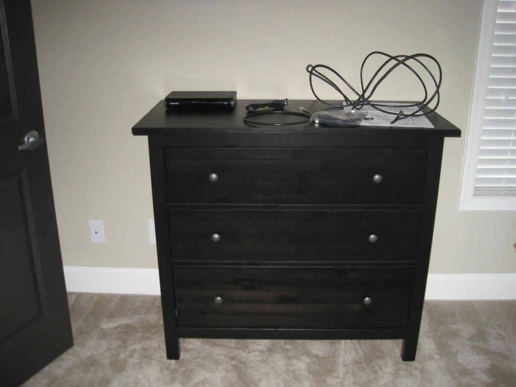 Picture of: Hemnes 3 Drawer Chest Discontinued