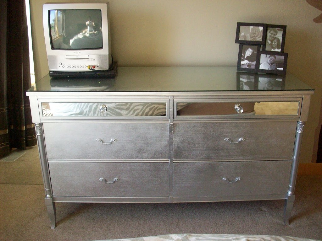 Picture of: How To Make A Mirrored Nightstand Diy