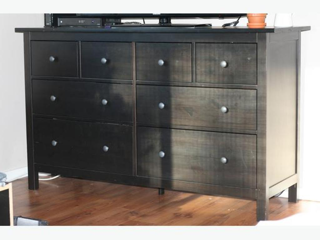 Picture of: Ikea 8 Drawer Dresser Black