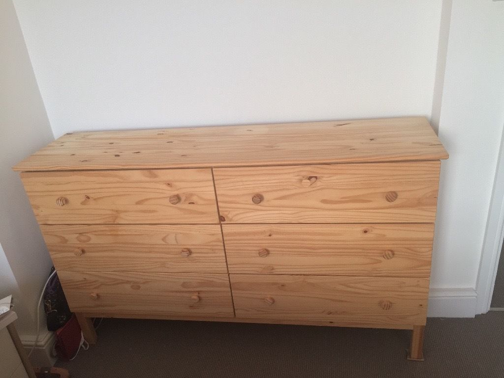 Picture of: Ikea Hemnes Dresser 6 Drawers