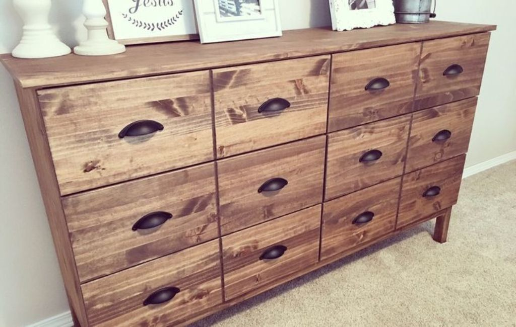 Picture of: Ikea Tarva 6 Drawer Dresser