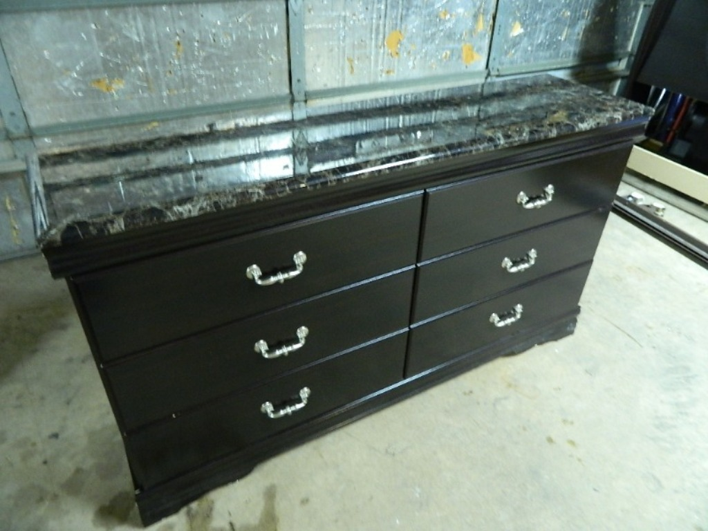 Ashley Furniture 6 Drawer Dresser