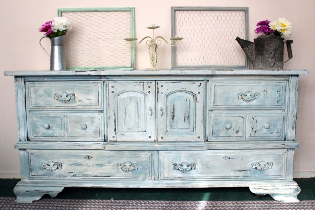 Picture of: Blue Distressed Dresser Colors