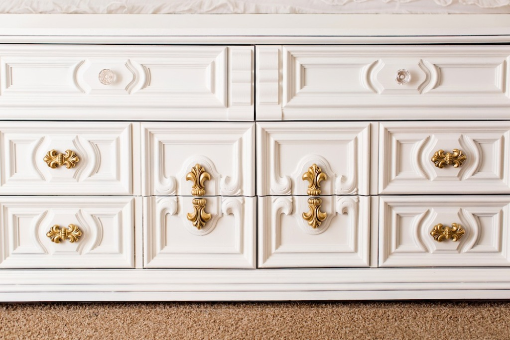 Picture of: Gold And White Dresser Designs