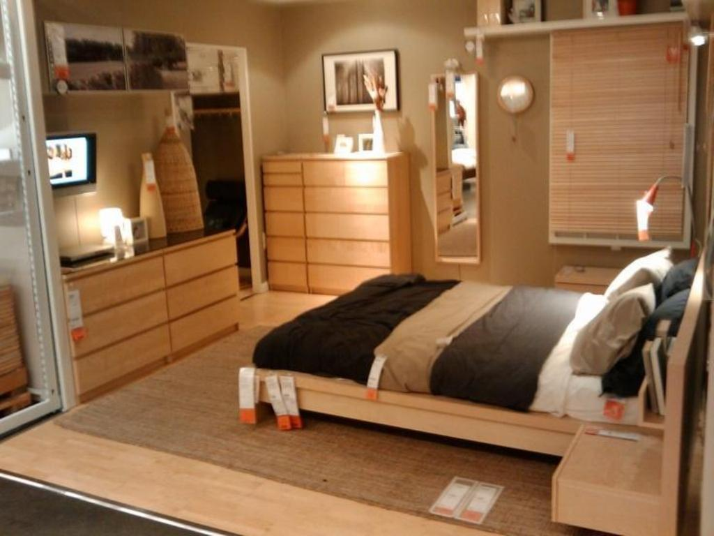 Picture of: Ikea Bed Malm