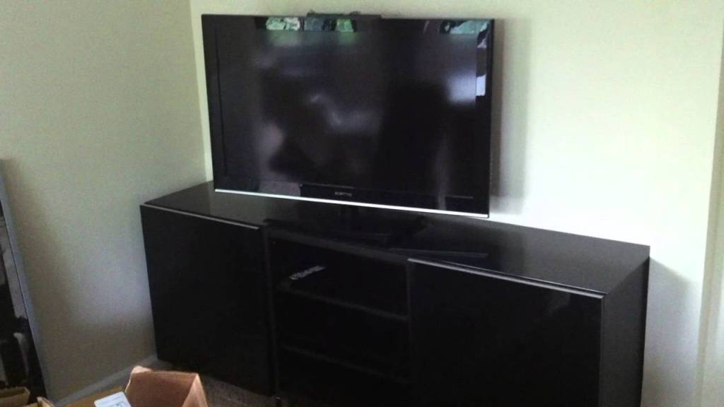 Picture of: Ikea Besta Tv Stand
