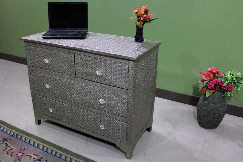 Image of: Metal Embossed Dresser