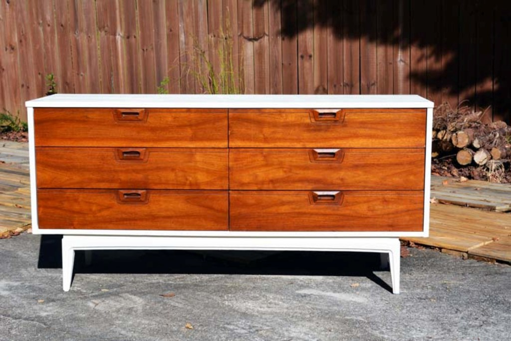 Picture of: Mid Century Modern Dresser Makeover Ideas