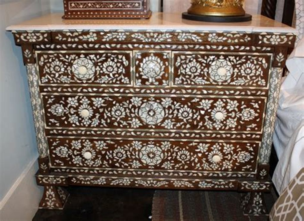 Picture of: Moroccan Style Dresser