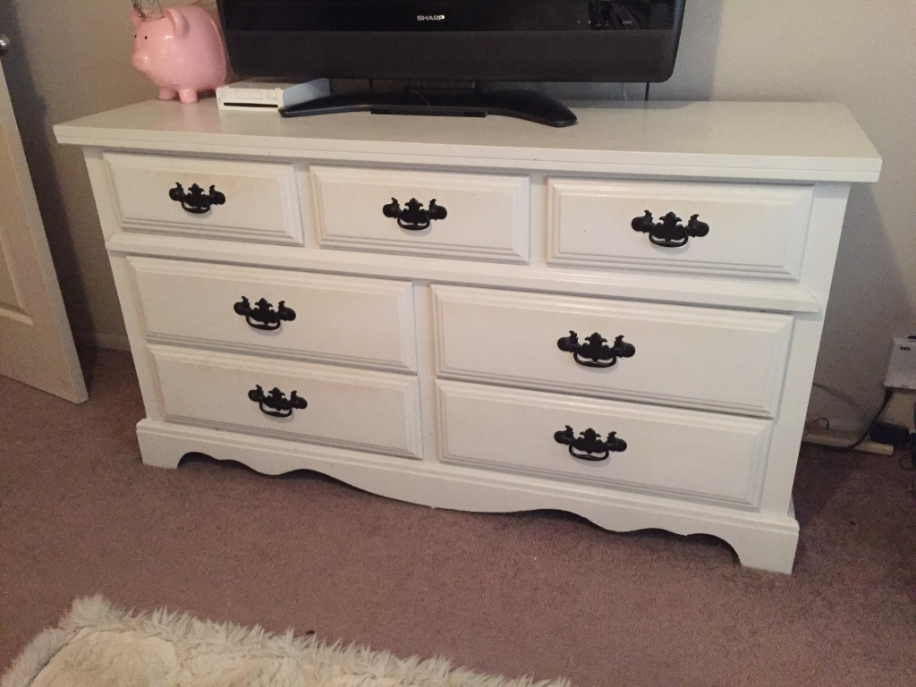Picture of: Beauty Solid Hardwood Dressers