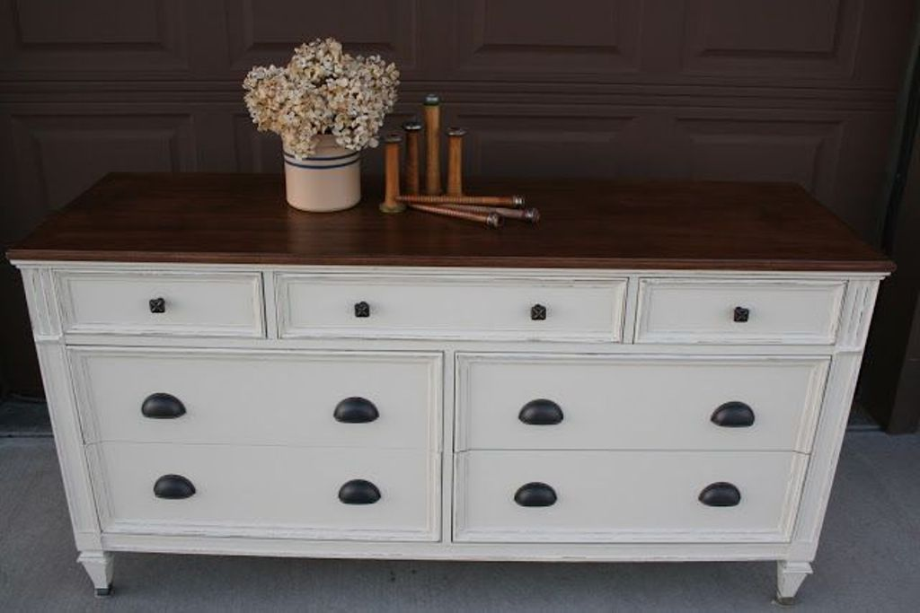 White Wood Dresser Design