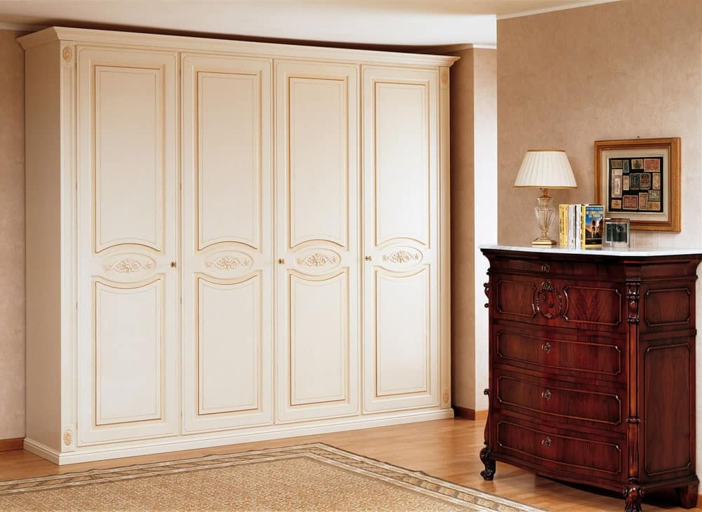 Image of: Closet Armoire Plan