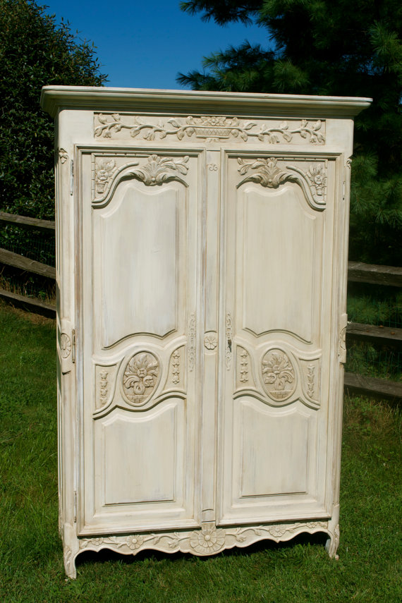Image of: Easy Shabby Chic Armoire