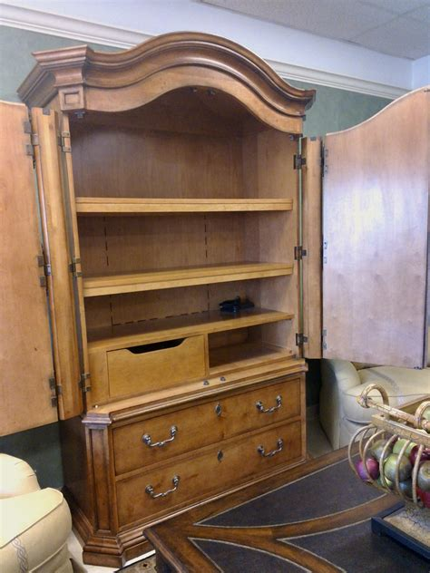 Picture of: Henredon Armoire Design