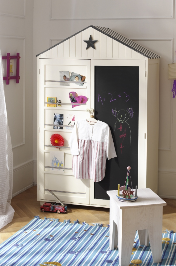 Image of: Review Children's Armoire Wardrobe