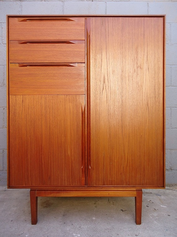Picture of: Review Mid Century Armoire