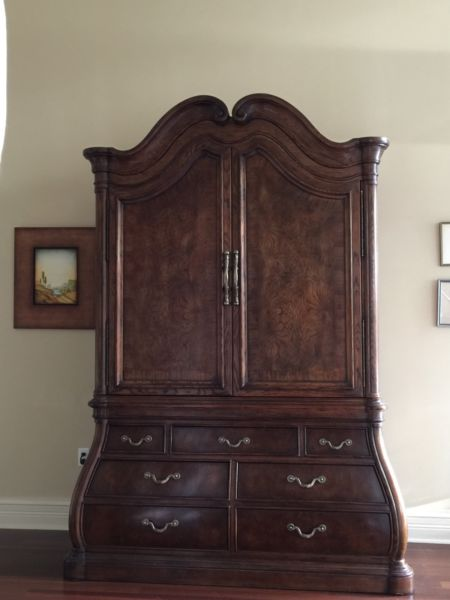 Picture of: Rustic Henredon Armoire