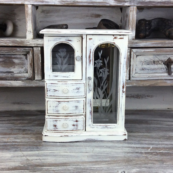 Image of: Shabby Chic Rustic Jewelry Armoire
