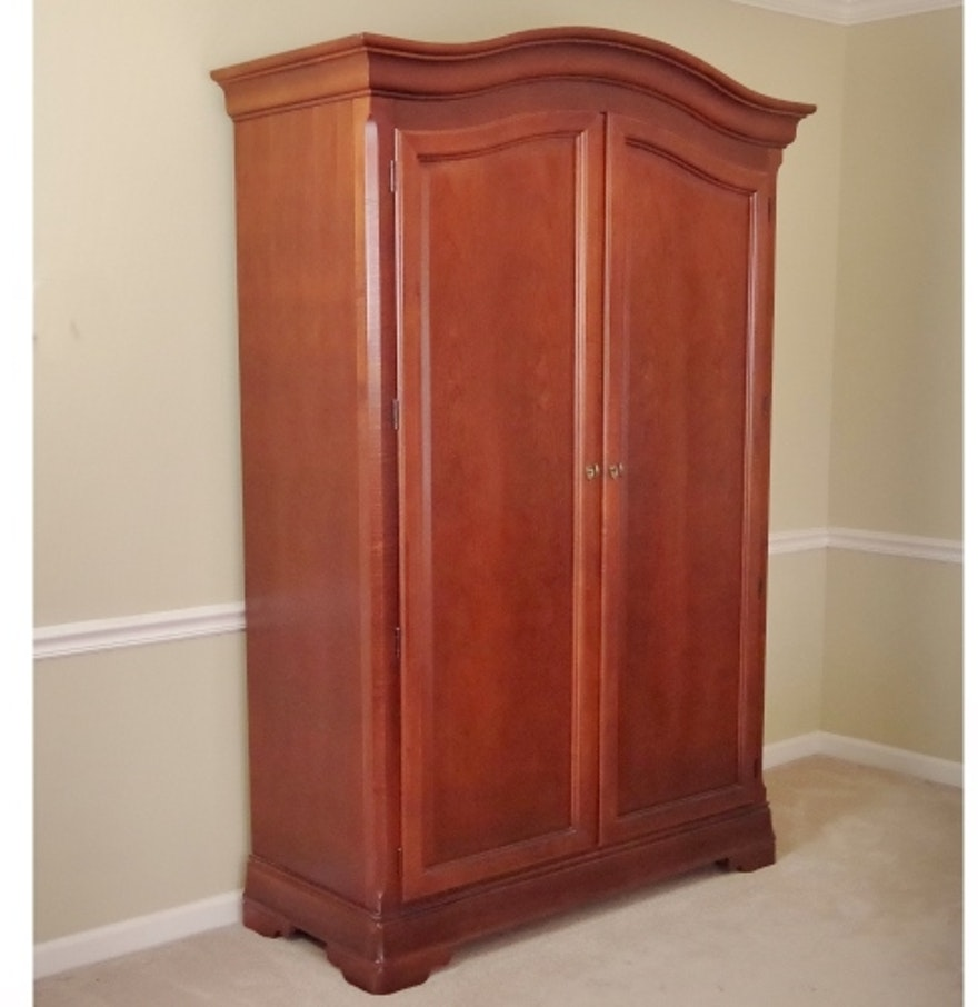 Image of: Simple Thomasville Armoire