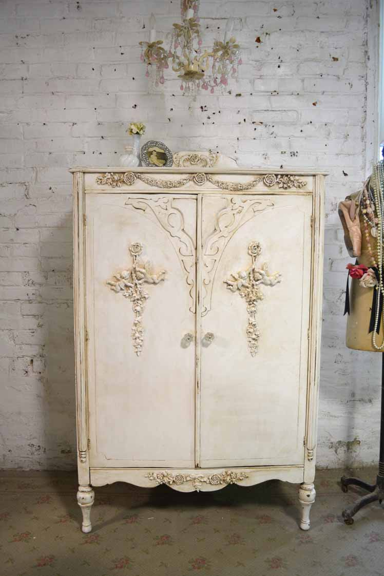 Image of: Small Shabby Chic Armoire