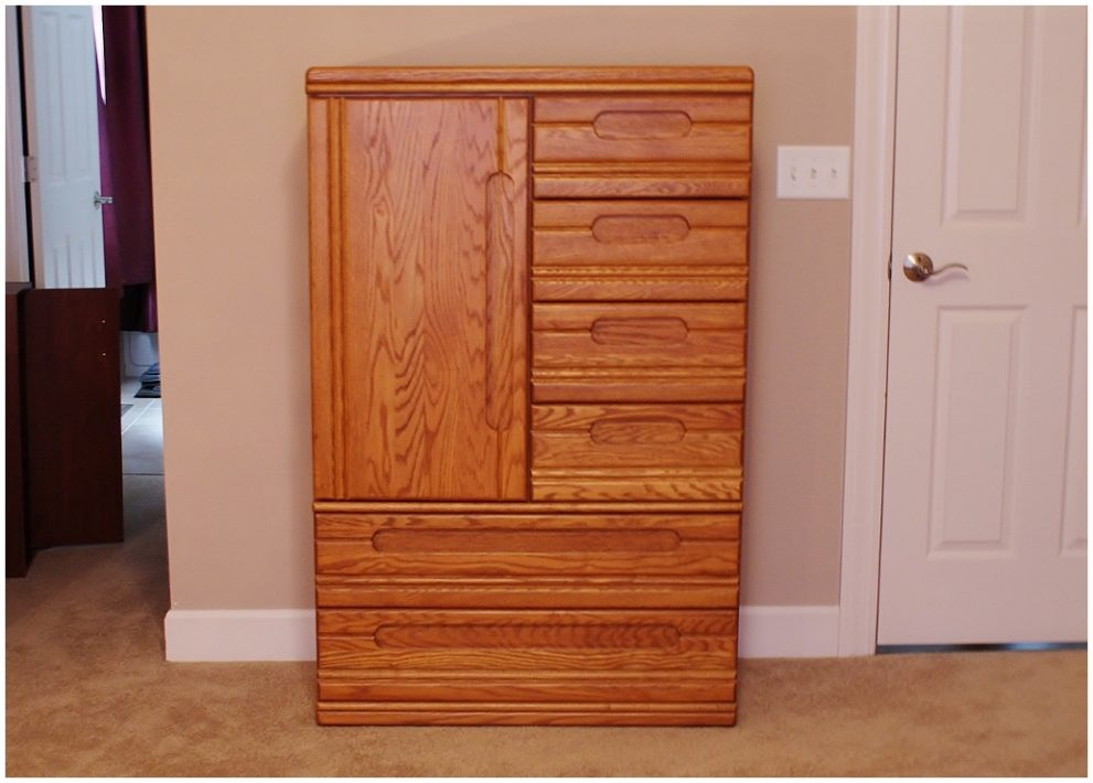 Image of: Solid Wood Oak Jewelry Armoire