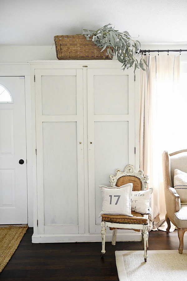 Image of: System Entryway Armoire