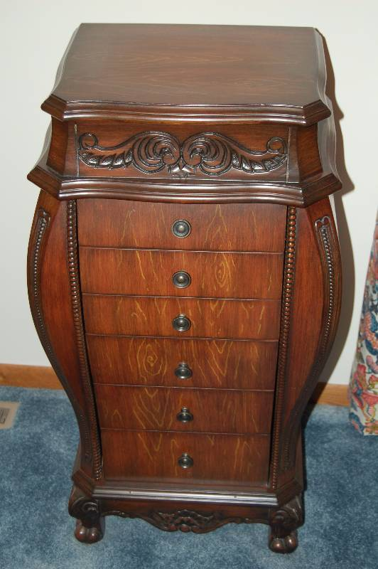 Image of: Unique Antique Jewelry Armoire