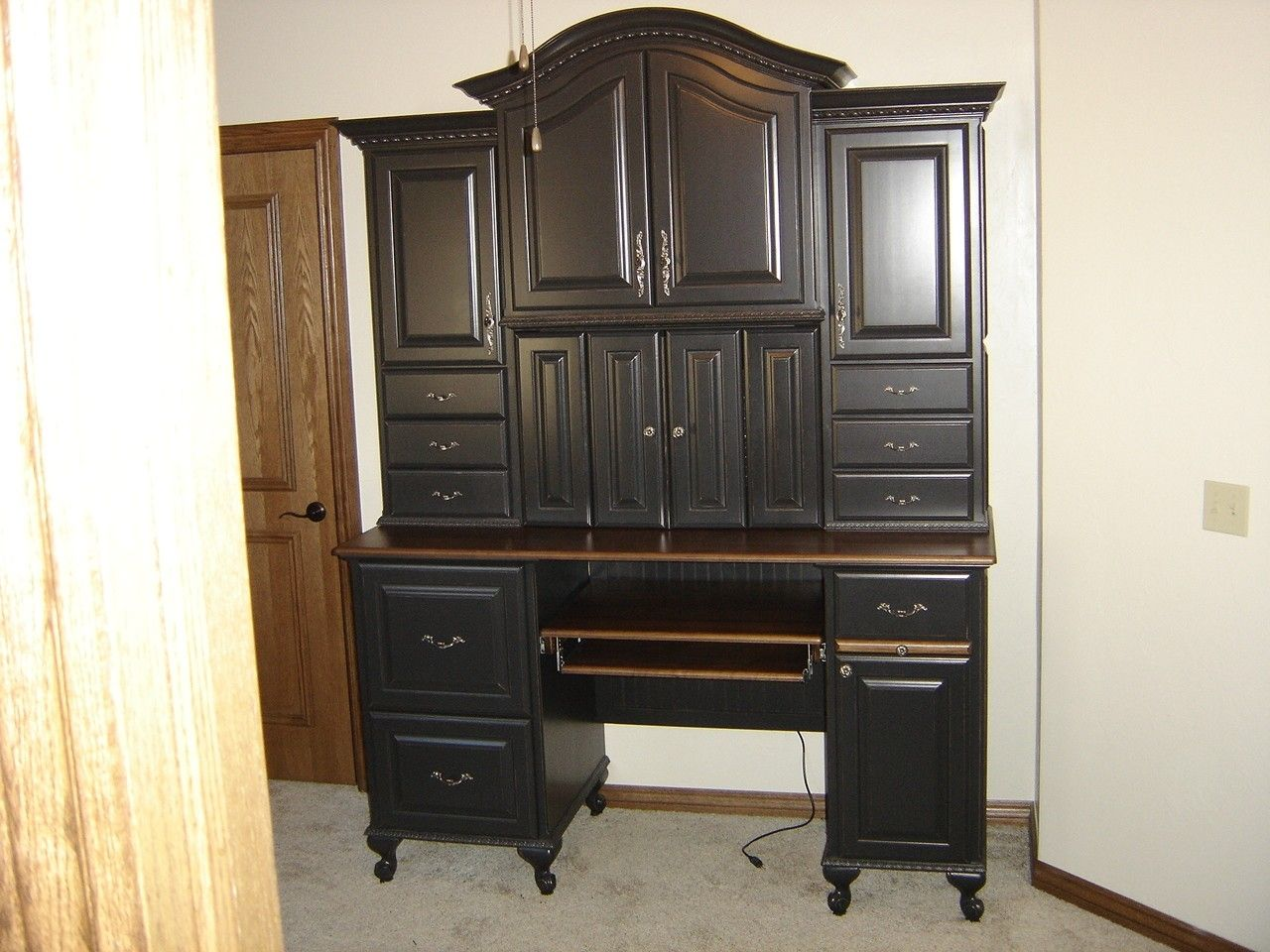 Picture of: Unique Laptop Armoire