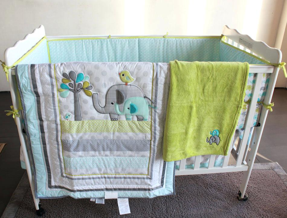 Picture of: Applique Baby Quilt Patterns Theme