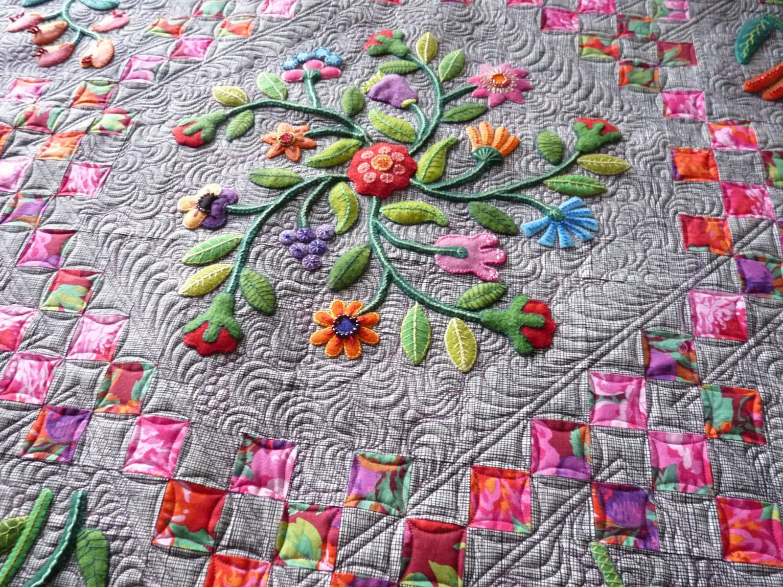 Picture of: Applique Quilt Patterns Custom