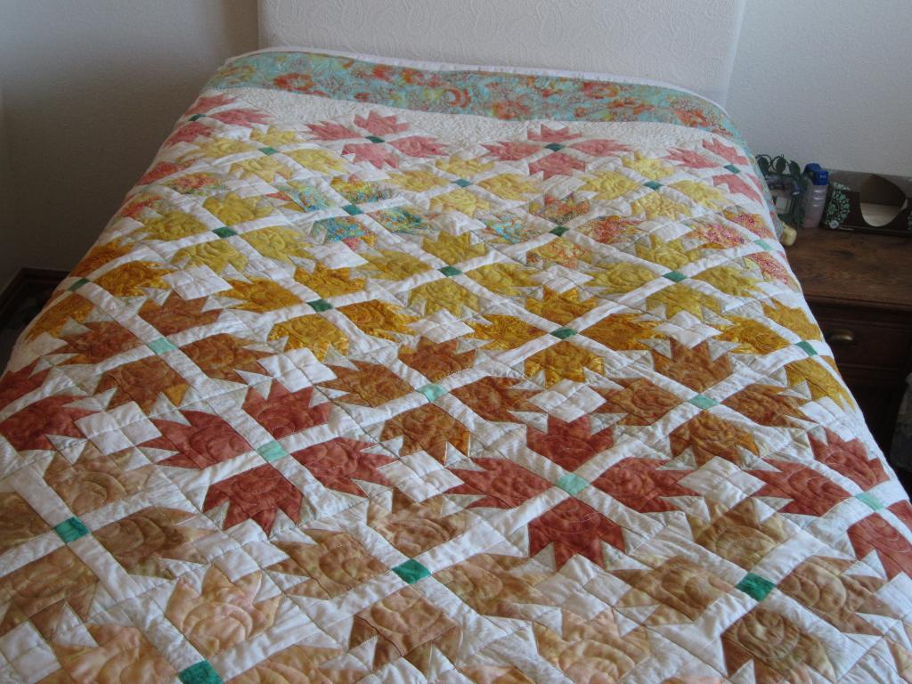 Picture of: Autumn Flower Quilt Patterns