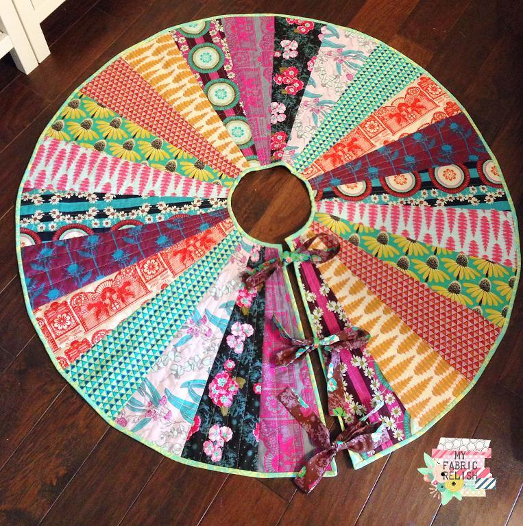 Image of: Awesome Christmas Tree Skirt Quilt Patterns