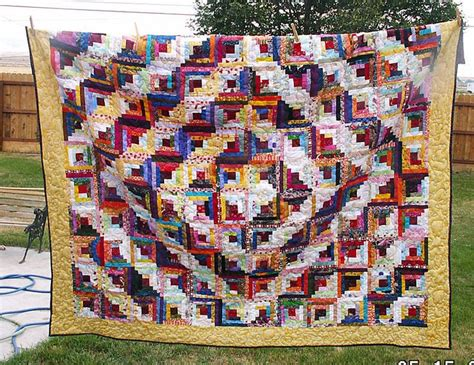 Picture of: Awesome Log Cabin Quilt Pattern