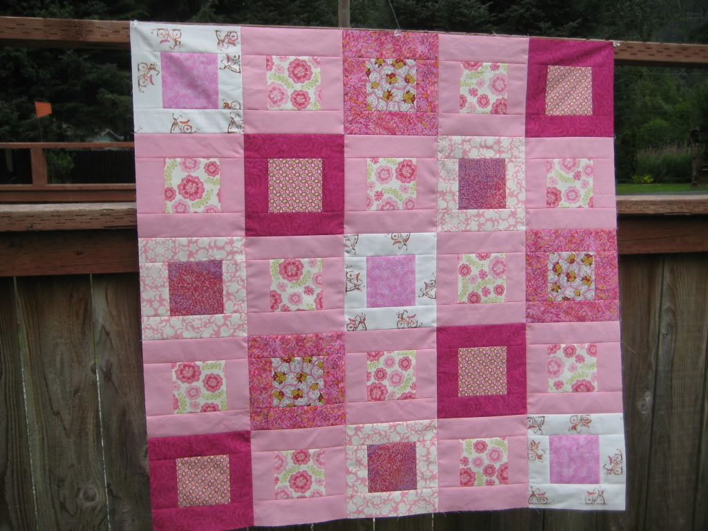 Image of: Baby Girl Quilt Patterns Pink