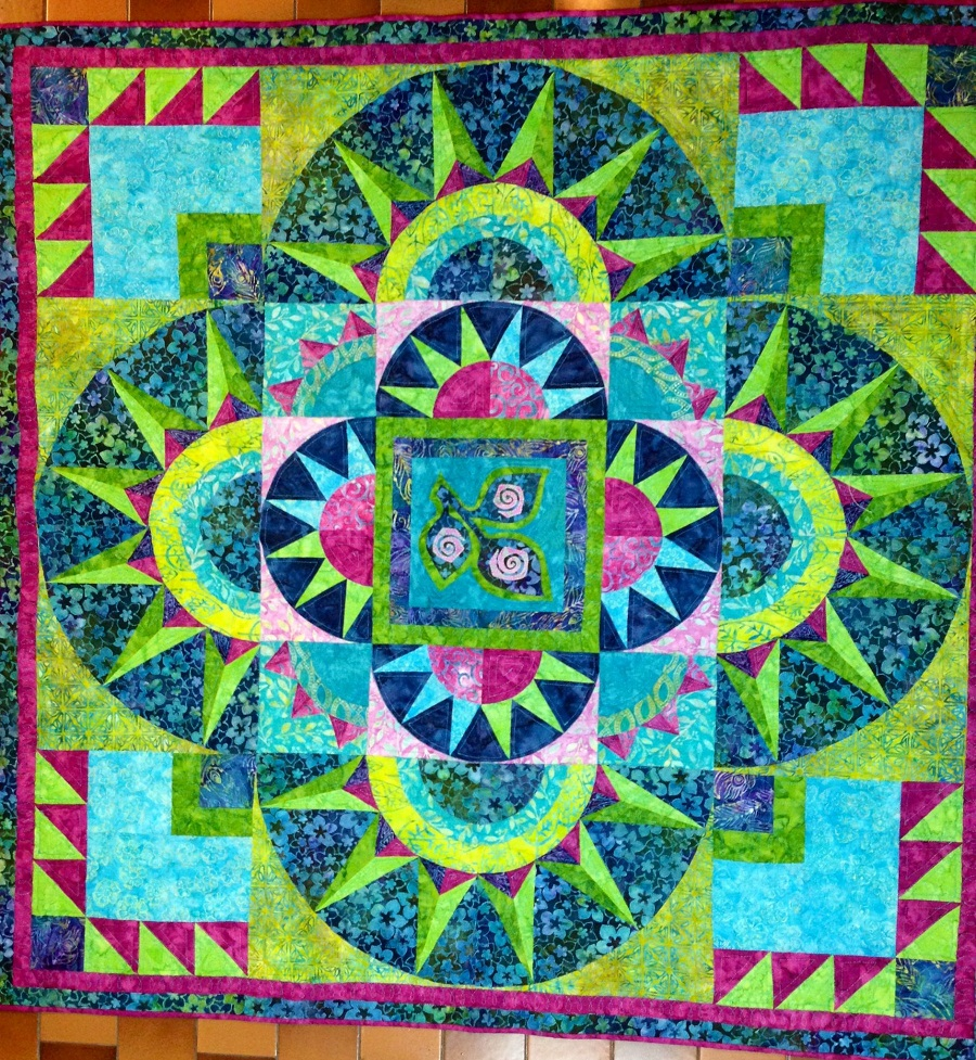 Image of: Beauty Batik Quilt Patterns