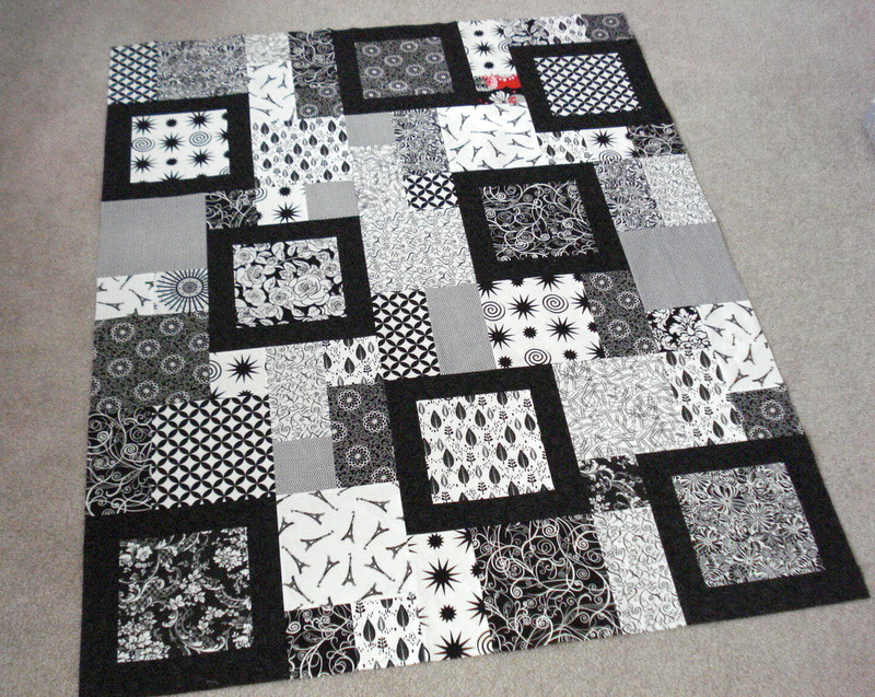 Image of: Black And White Quilt Patterns Awesome