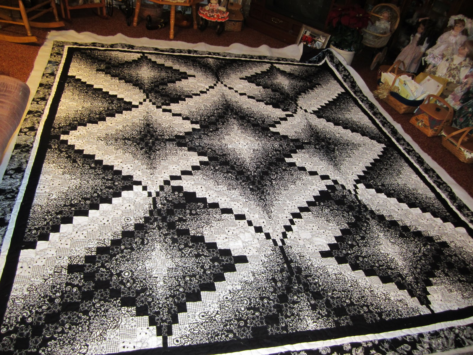 Image of: Black And White Quilt Patterns Custom