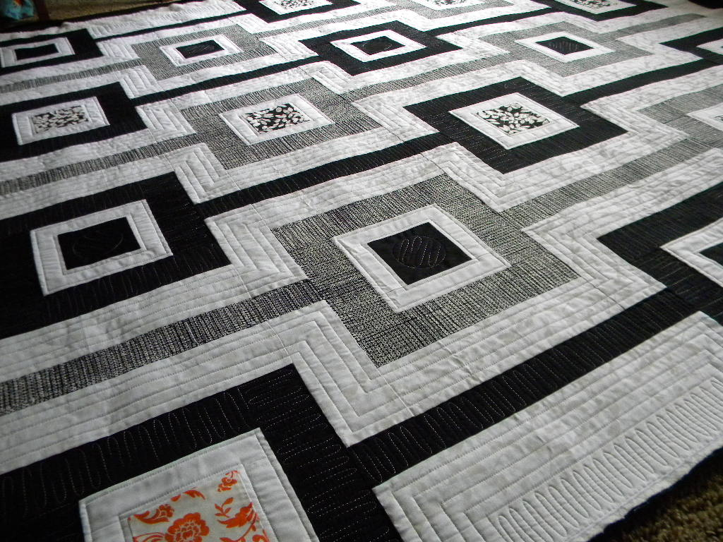 Image of: Black And White Quilt Patterns Minimalist