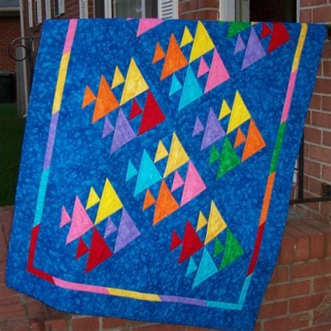 Picture of: Blue Fish Quilt Pattern