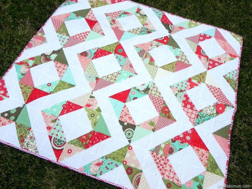 Image of: Charm Pack Baby Quilt Color