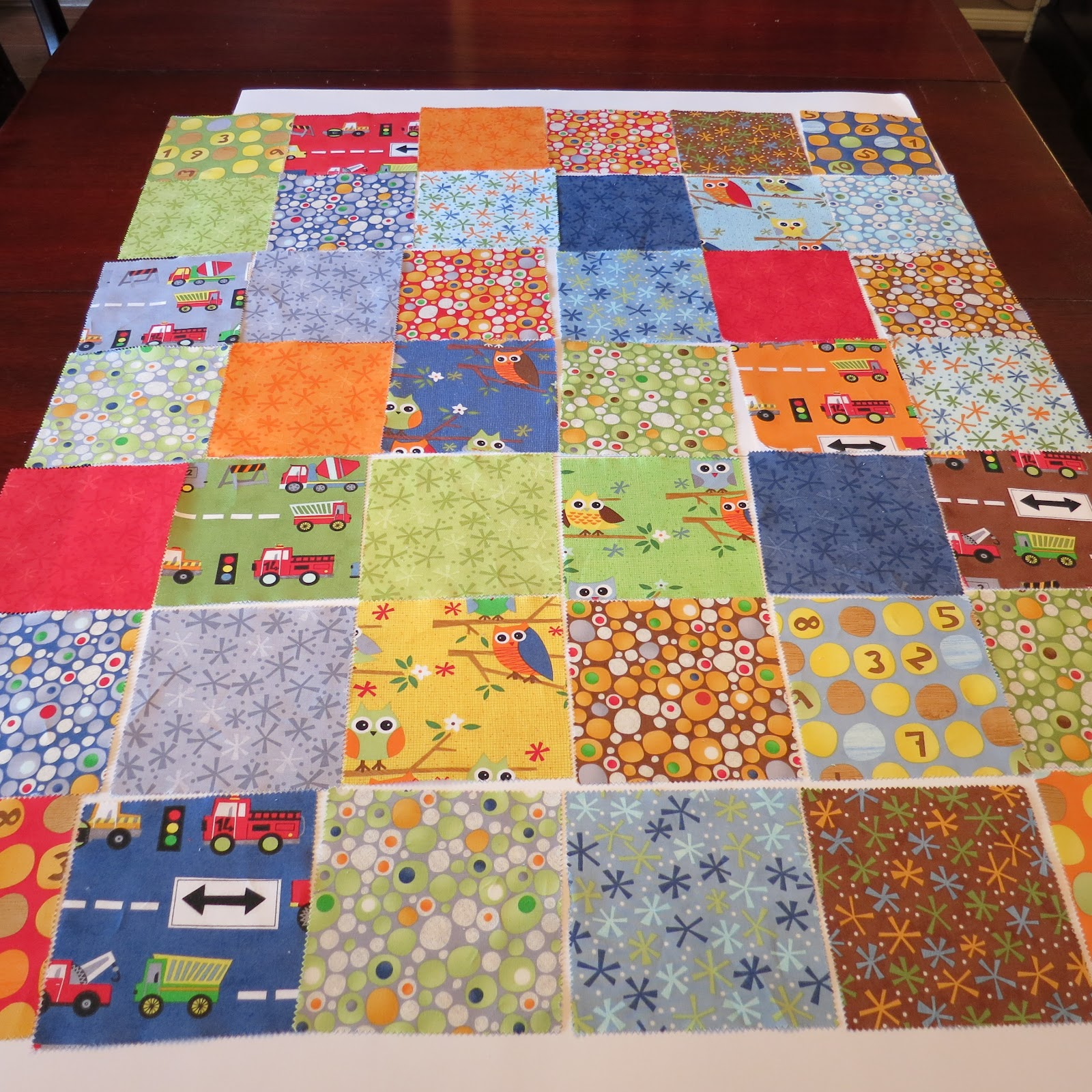 Image of: Charm Pack Baby Quilt Theme