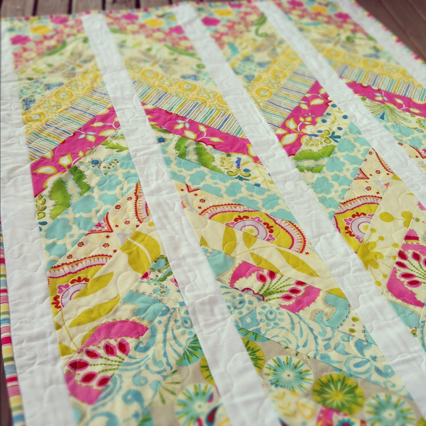 Image of: Chevron Patchwork Quilt Patterns