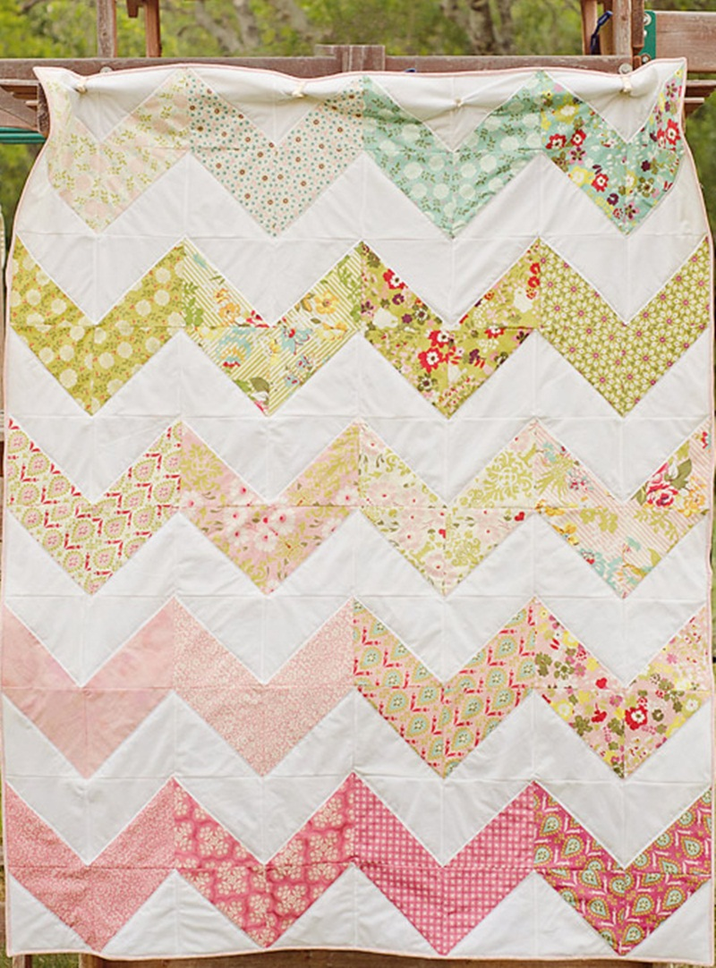 Image of: Chevron Quilt Pattern