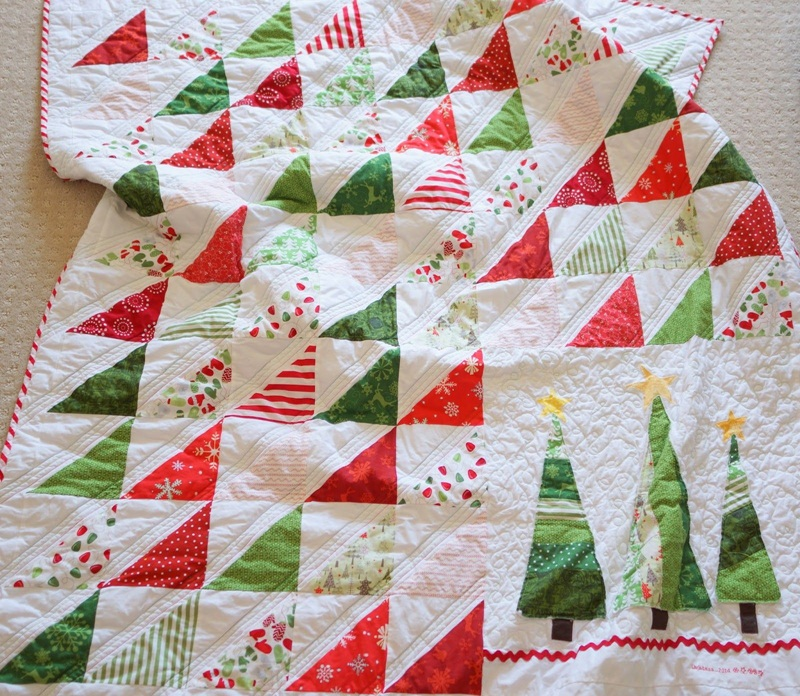 Picture of: Christmas Quilt Patterns Pictures