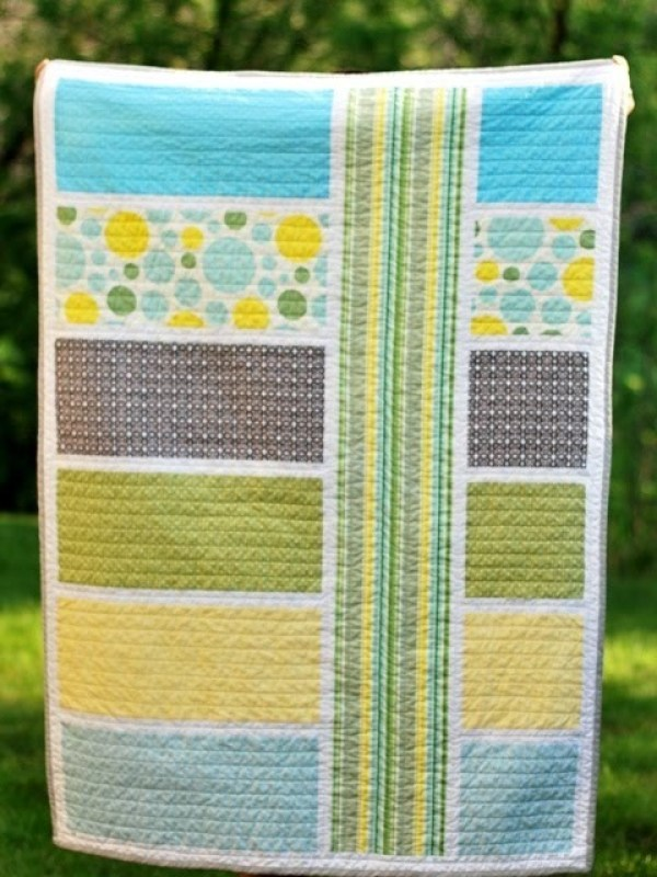 Image of: Color block Fat Quarter Baby Quilt