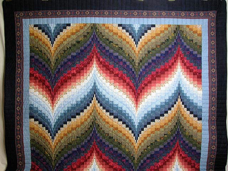 Image of: Custom Bargello Quilt Pattern