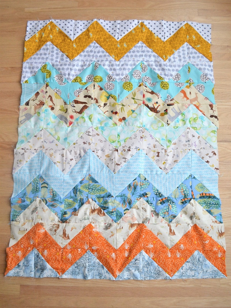 Image of: Cute Chevron Quilt Pattern