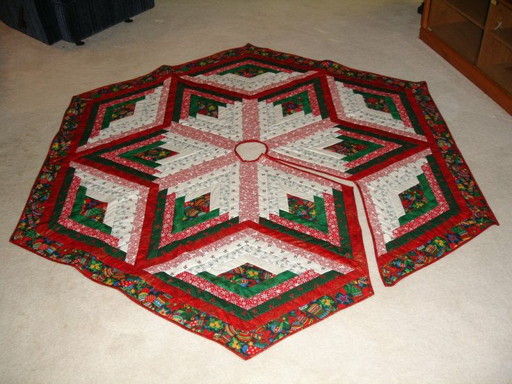 Image of: Design Christmas Tree Skirt Quilt Patterns